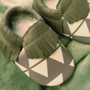Other - Geometric Grey Baby Moccasins, 12-18 mos.